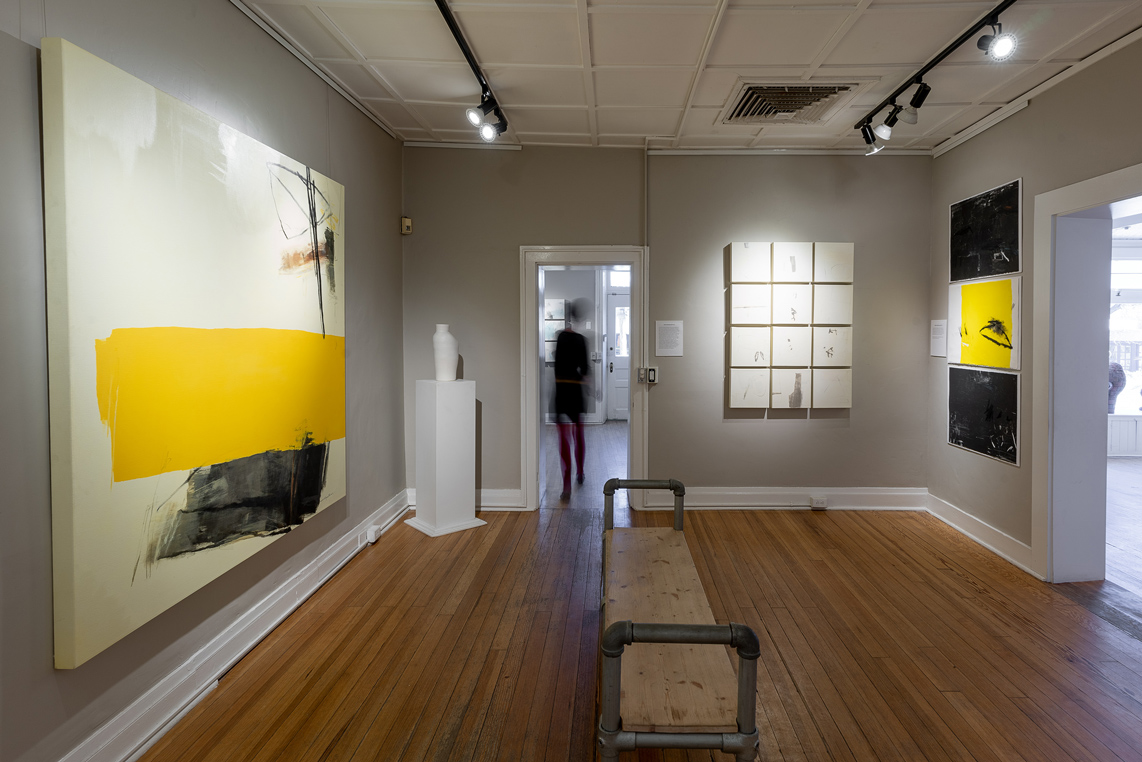 Exhibit Scene at NuArt 2019.  Mar.   (Photographer Eric Swanson)